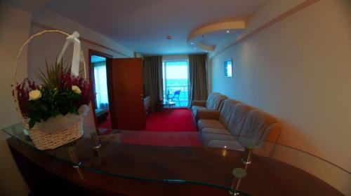 apartament-sufragerie compressed